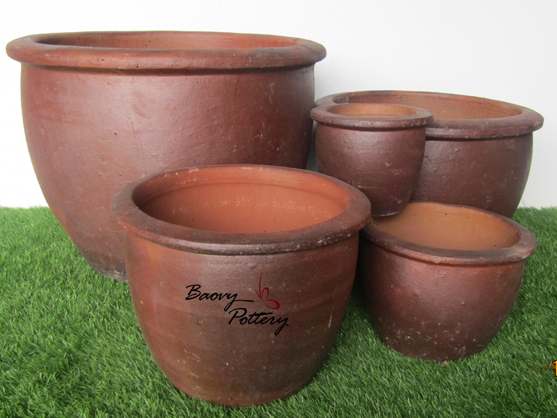 Large Jar W Rim Dark Clay Planter