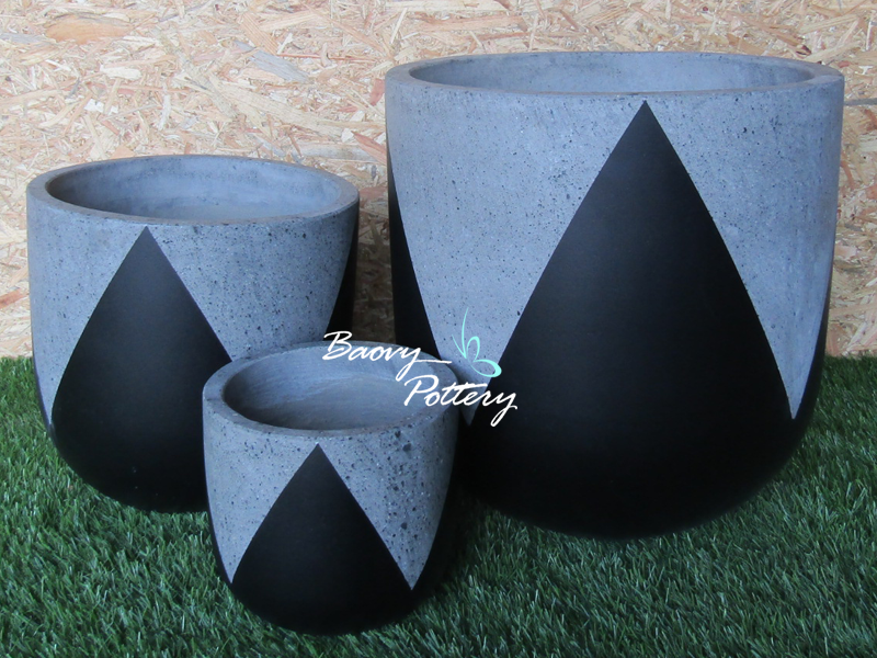 Painted Concrete Pots - Black Tulip