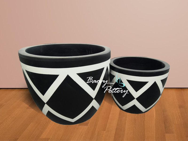 Painted Concrete Pots - Black Diamond